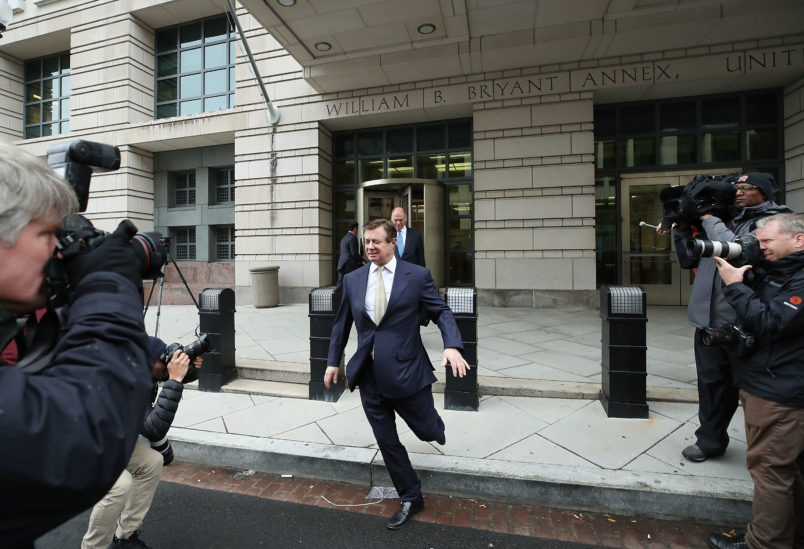 Accountant Testifies About Problems With Manafort's Taxes