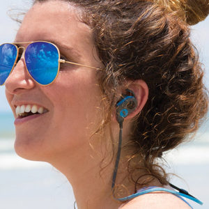 The FRESHeBUDS Pro Magnetic Bluetooth Earbuds have impeccable sound quality and a pull-and-play magnet feature.