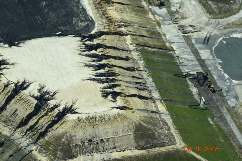 Duke Energy dam fails in North Carolina, coal ash leaking into river