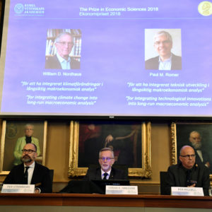 Per Strömberg, professor, Göran K. Hansson and Per Krusell annonces the laureates of the Nobel Prize in Economics during a press conference at the The Royal Swedish Academy of Sciences i Stockholm, 7 Ocktober, 2018. The prize is devided between William D. Nordhaus och Pau M Romer.Photo : Henrik Montgomery / TT ** SWEDEN OUT **