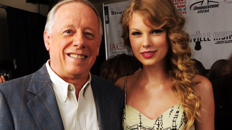Taylor Swift breaks political silence, backs Tennessee Dems
