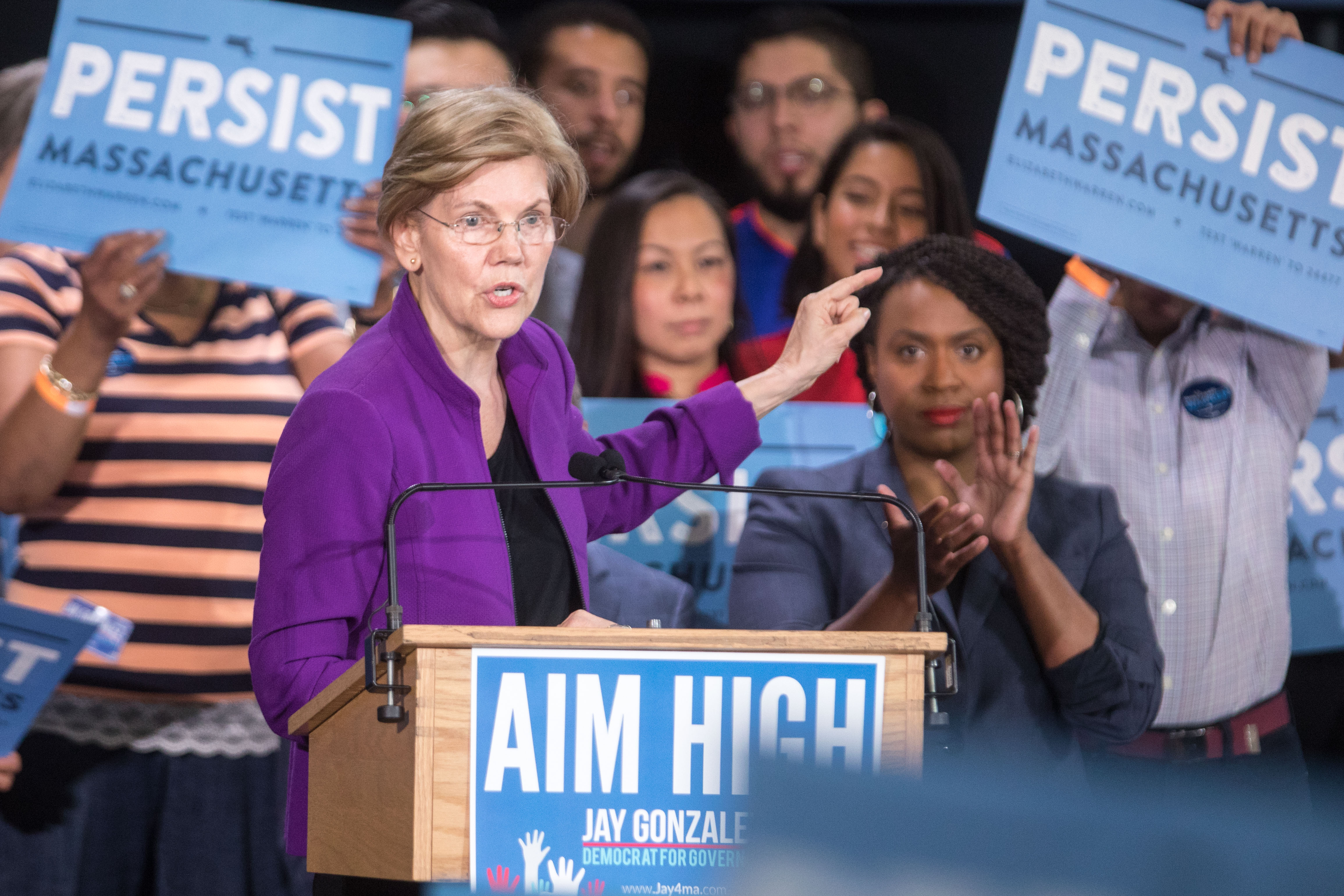 Warren On 'Arrogant Woman' Jab: 'McConnell Can't Shut Me Up,' Neither Can Kelly