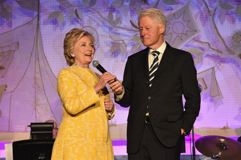 MEET THE CLINTONS: Bill and Hillary to Tour US in 2019