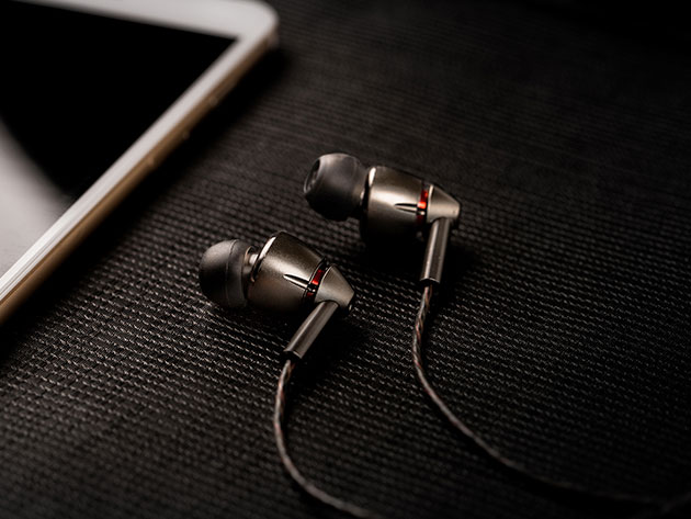 The 1MORE Quad Driver In-Ear Headphones have sound quality and clarity that leave other earbuds in the dust.