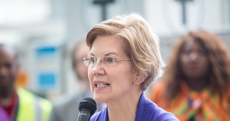 Elizabeth Warren makes a surprise appearance at Native American luncheon
